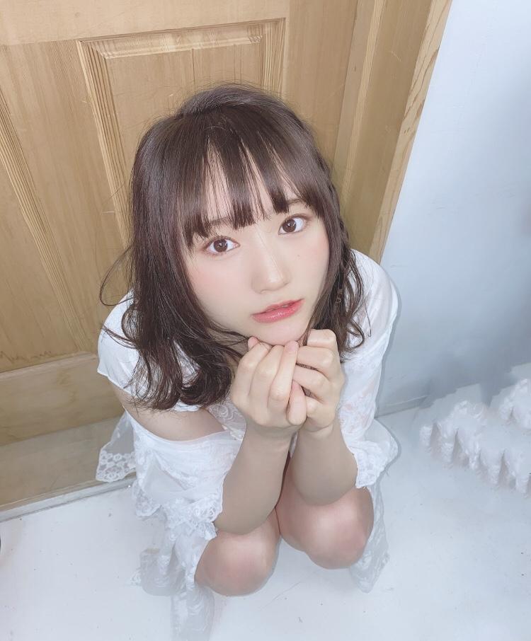 【そよんエロ画像】生まれも育ちも東京の韓国人モデルが披露するエロカワ写真 04