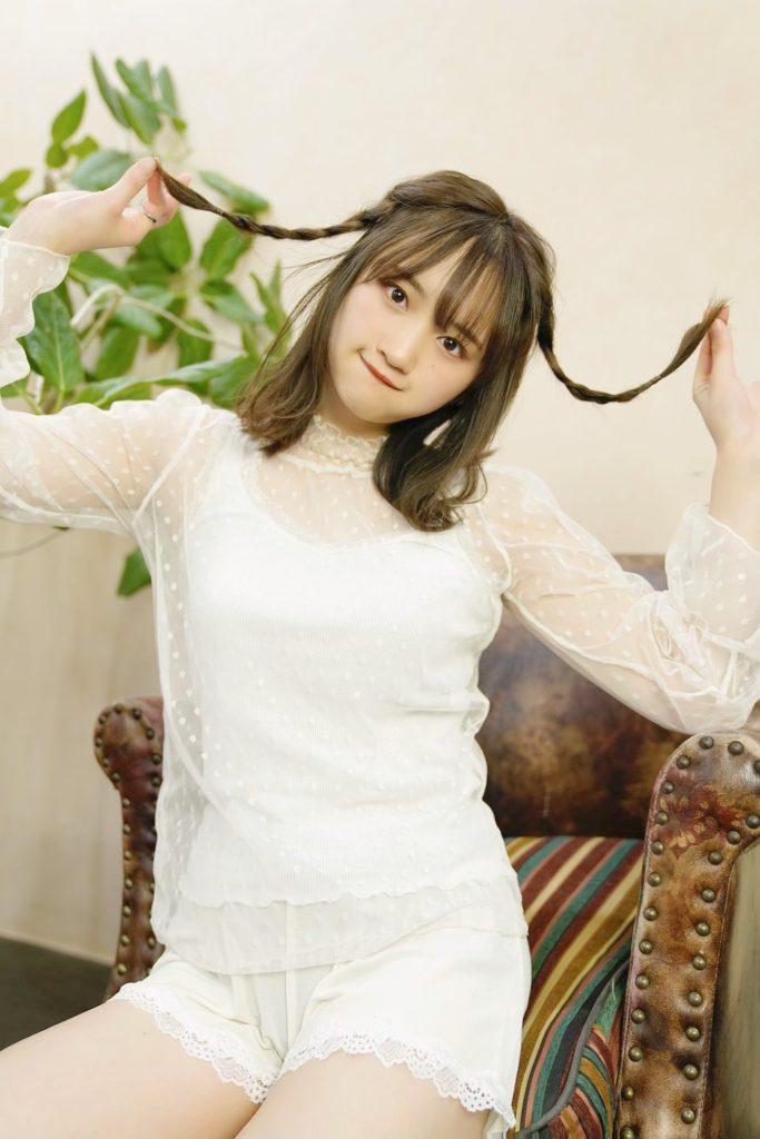 【そよんエロ画像】生まれも育ちも東京の韓国人モデルが披露するエロカワ写真 14