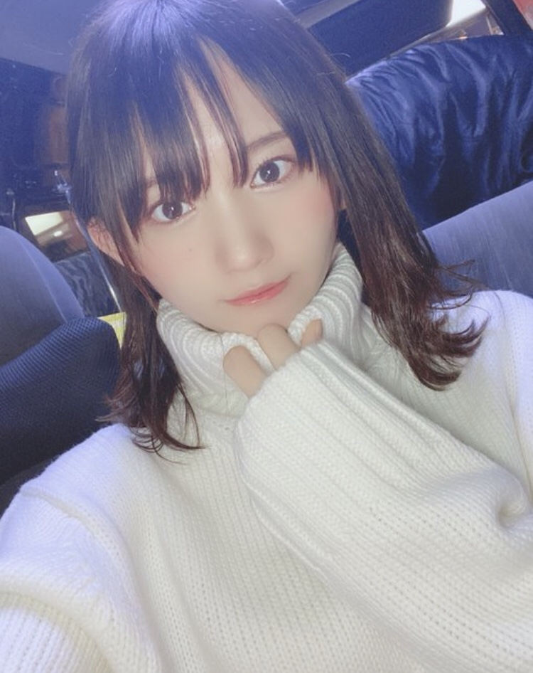 【そよんエロ画像】生まれも育ちも東京の韓国人モデルが披露するエロカワ写真 25