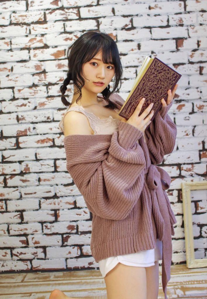 【そよんエロ画像】生まれも育ちも東京の韓国人モデルが披露するエロカワ写真 32