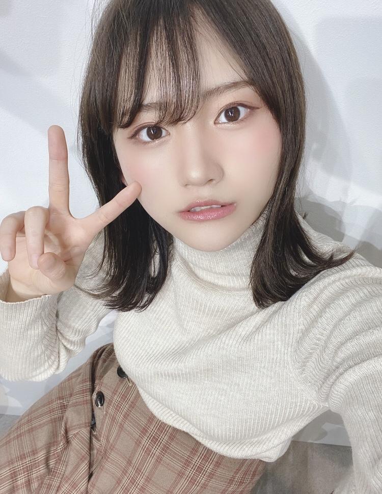 【そよんエロ画像】生まれも育ちも東京の韓国人モデルが披露するエロカワ写真 34