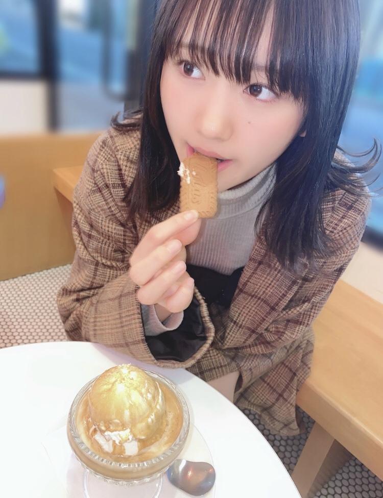 【そよんエロ画像】生まれも育ちも東京の韓国人モデルが披露するエロカワ写真 40