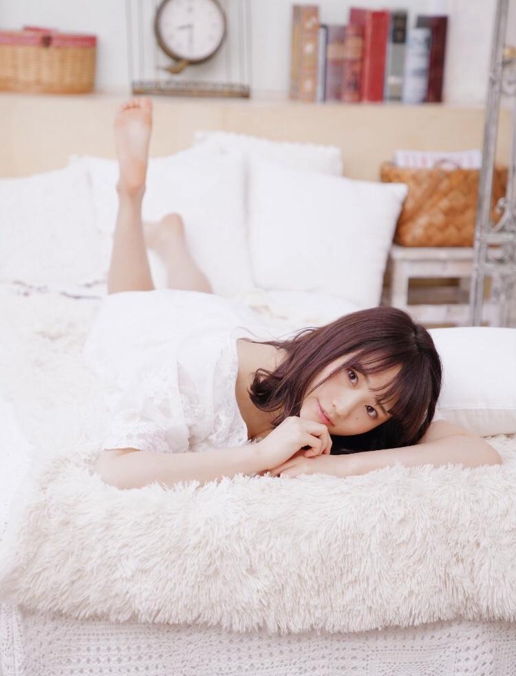 【そよんエロ画像】生まれも育ちも東京の韓国人モデルが披露するエロカワ写真 45