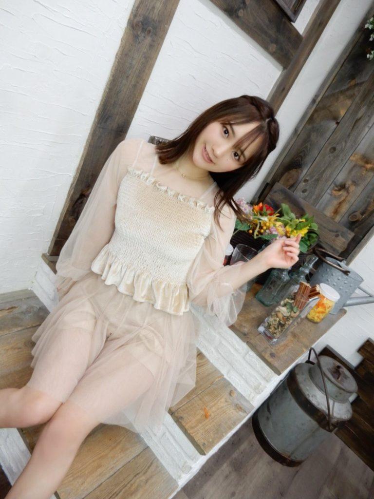 【そよんエロ画像】生まれも育ちも東京の韓国人モデルが披露するエロカワ写真 60