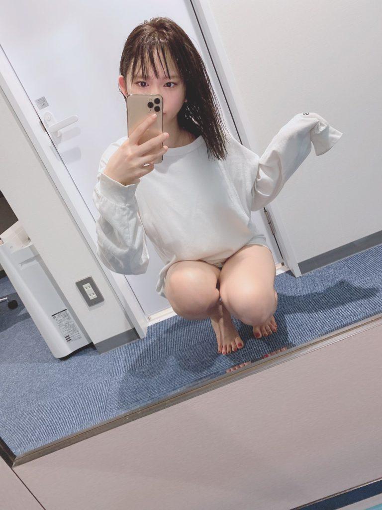 【そよんエロ画像】生まれも育ちも東京の韓国人モデルが披露するエロカワ写真 65