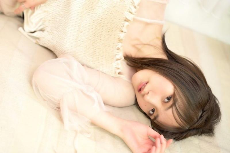 【そよんエロ画像】生まれも育ちも東京の韓国人モデルが披露するエロカワ写真 72