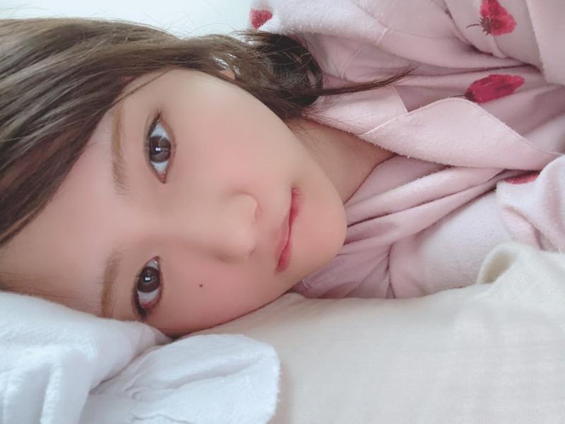 【そよんエロ画像】生まれも育ちも東京の韓国人モデルが披露するエロカワ写真 79