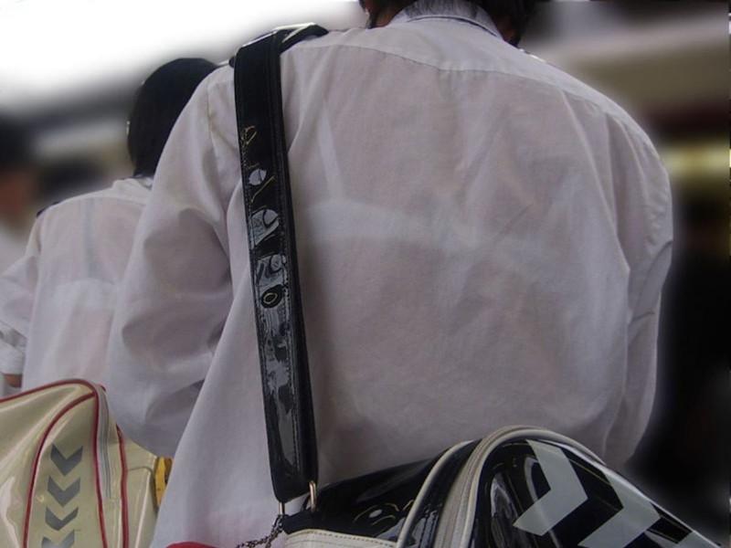 【夏服JK画像】白いブラウスから薄っすらと透けて見えるブラって良いよね 23
