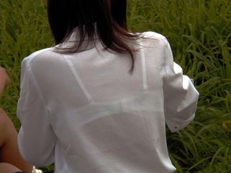【夏服JK画像】白いブラウスから薄っすらと透けて見えるブラって良いよね 30