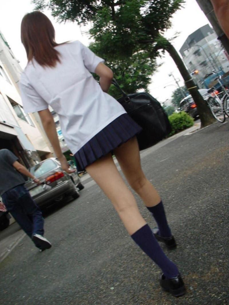 【夏服JK画像】白いブラウスから薄っすらと透けて見えるブラって良いよね 35