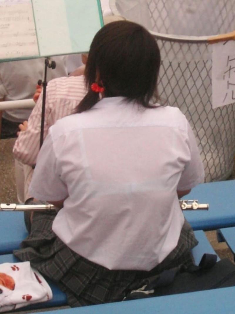 【夏服JK画像】白いブラウスから薄っすらと透けて見えるブラって良いよね 50