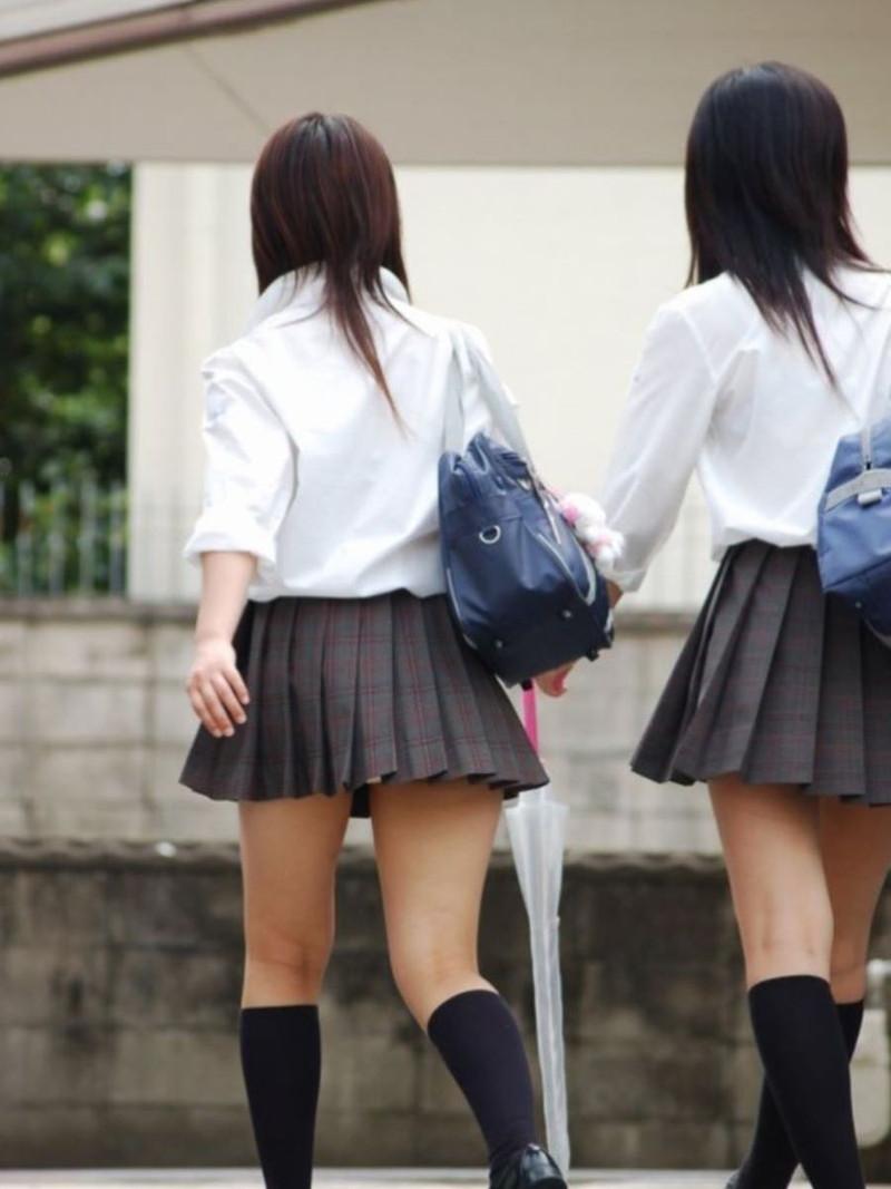 【夏服JK画像】白いブラウスから薄っすらと透けて見えるブラって良いよね 74
