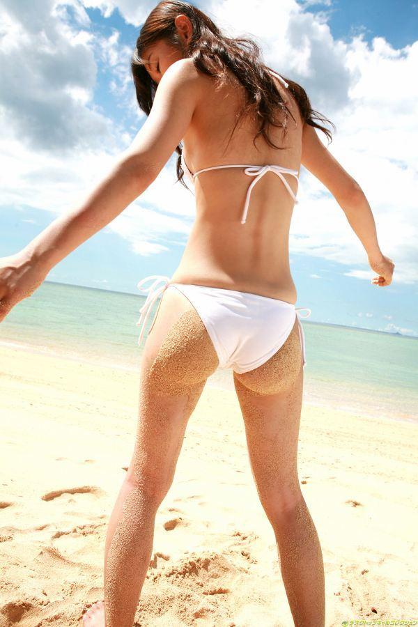 【小原徳子お宝画像】熟女優が若い頃に披露していたビキニ水着姿等のエロ写真 62