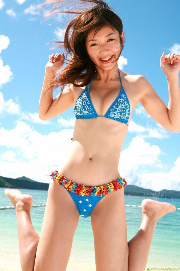 【小原徳子お宝画像】熟女優が若い頃に披露していたビキニ水着姿等のエロ写真 68