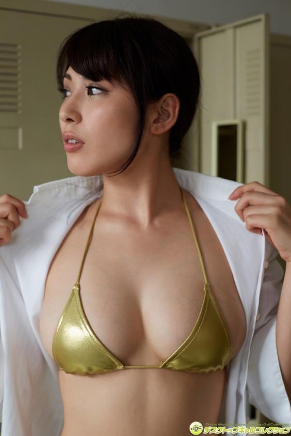 【金子智美グラビア画像】AKB48元研究生がグラドルに転身してFカップ巨乳を見せちゃった 37
