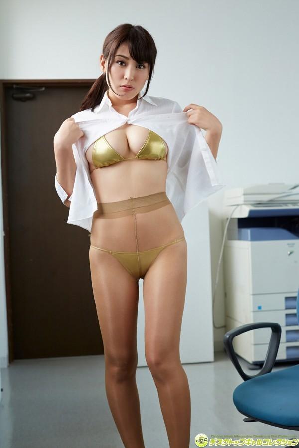 【金子智美グラビア画像】AKB48元研究生がグラドルに転身してFカップ巨乳を見せちゃった 39