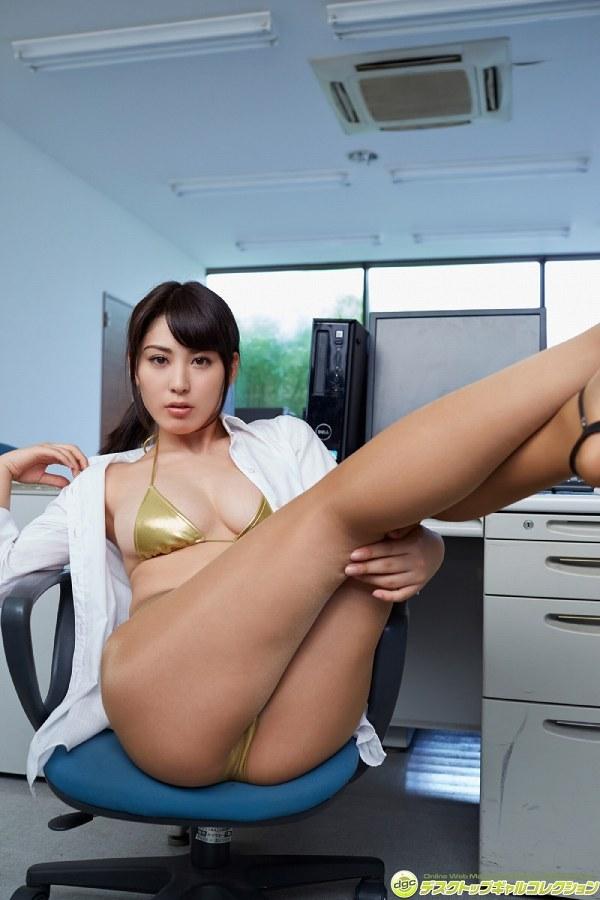 【金子智美グラビア画像】AKB48元研究生がグラドルに転身してFカップ巨乳を見せちゃった 42