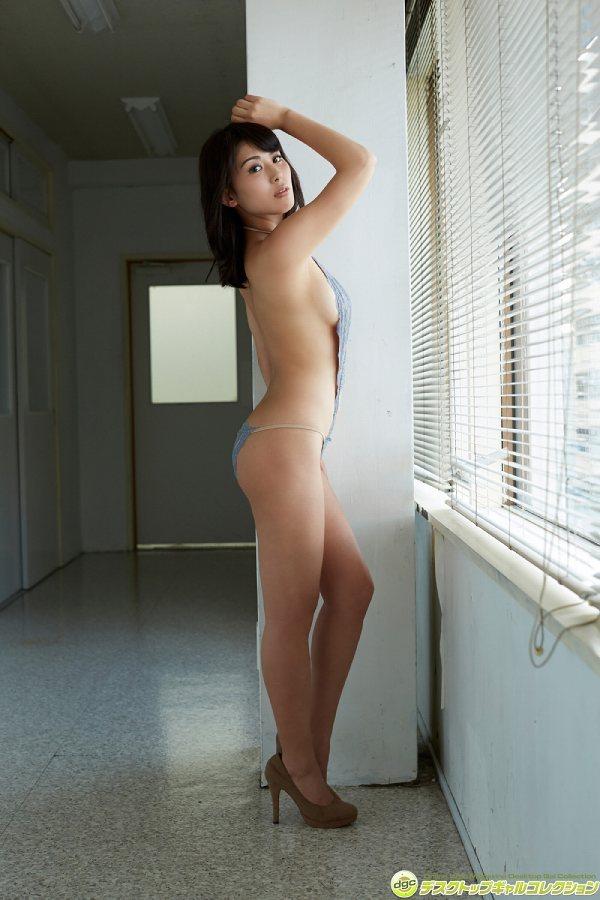 【金子智美グラビア画像】AKB48元研究生がグラドルに転身してFカップ巨乳を見せちゃった 48