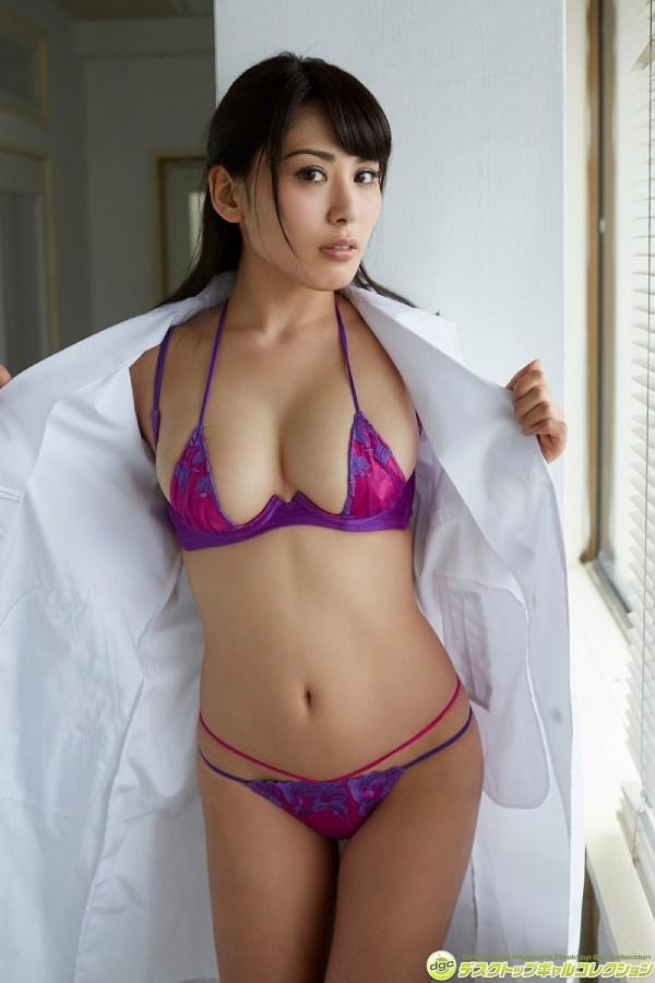 【金子智美グラビア画像】AKB48元研究生がグラドルに転身してFカップ巨乳を見せちゃった 64
