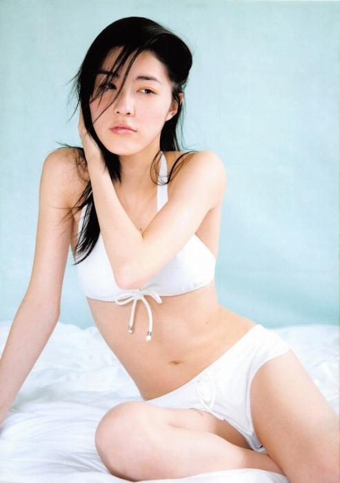 【松井珠理奈グラビア画像】最近は色気ある写真をインスタに公開して悦ばせてますねw 17
