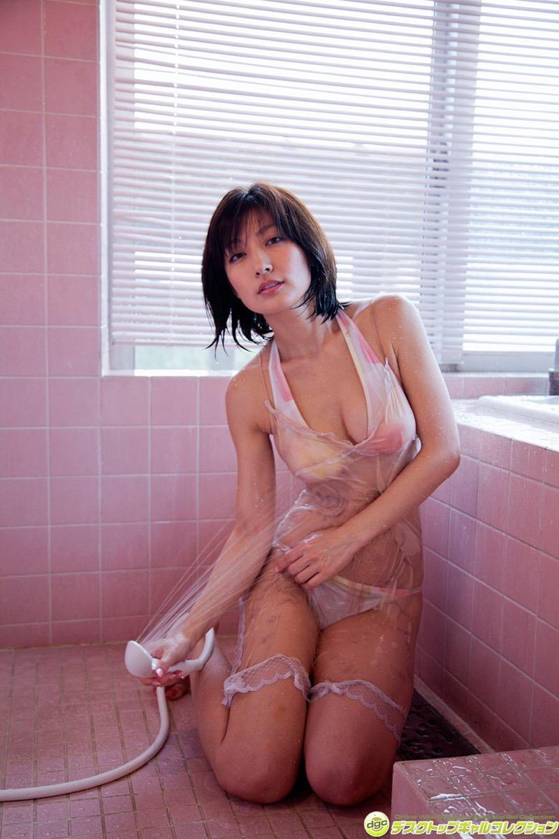 【グラドル入浴エロ画像】シャワーに濡れて輝く激エロボディ美女がヌケる! 40
