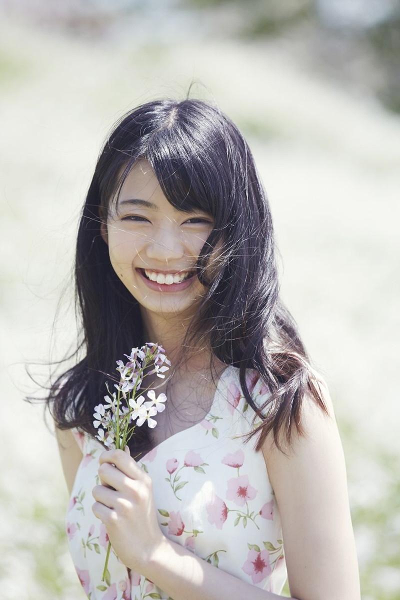 【日向坂46グラビア画像】可愛くてちょっぴりセクシーな美少女達が集うアイドルユニット 24