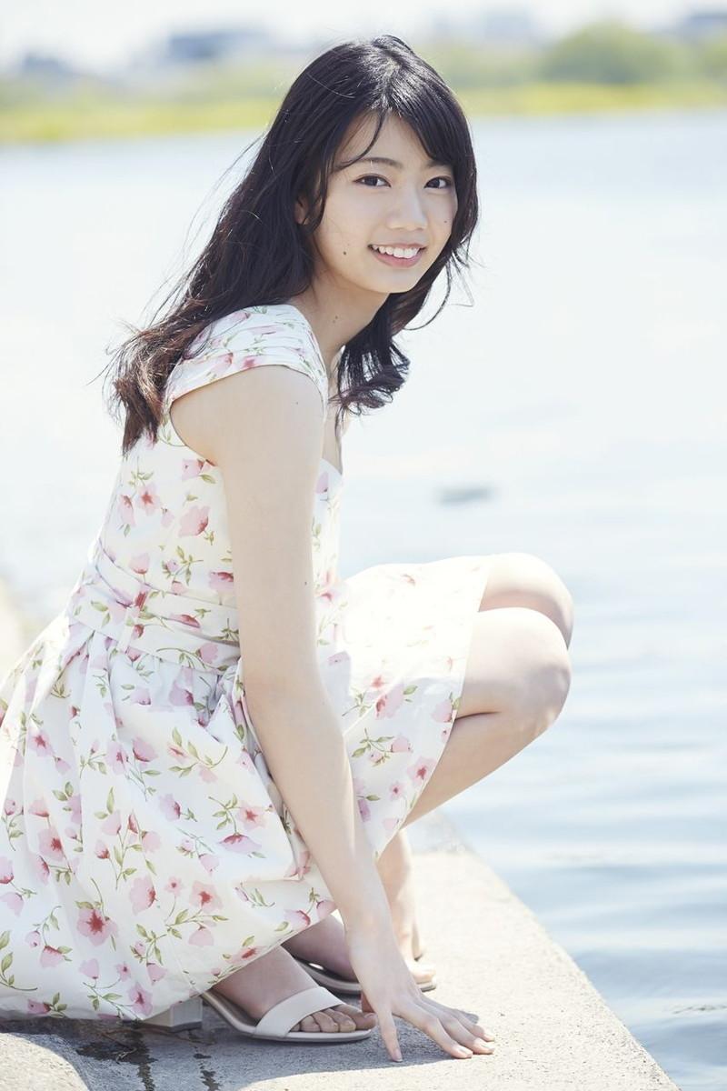 【日向坂46グラビア画像】可愛くてちょっぴりセクシーな美少女達が集うアイドルユニット 36