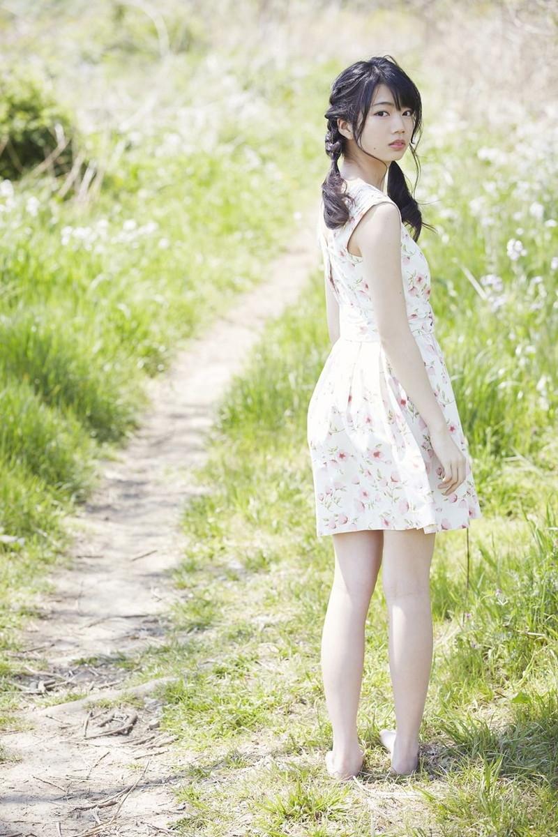 【日向坂46グラビア画像】可愛くてちょっぴりセクシーな美少女達が集うアイドルユニット 39