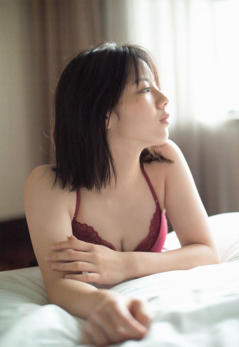 【日向坂46グラビア画像】可愛くてちょっぴりセクシーな美少女達が集うアイドルユニット 59
