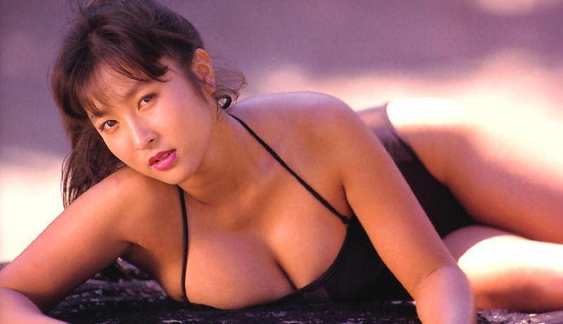 【かとうれいこお宝画像】レジェンドグラドルの昔懐かしい水着画像を集めてみたw 03