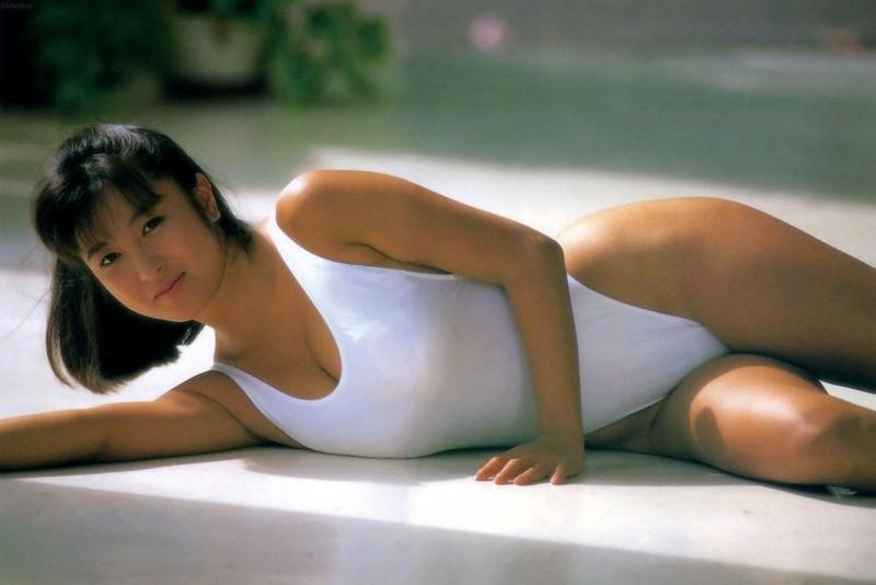 【かとうれいこお宝画像】レジェンドグラドルの昔懐かしい水着画像を集めてみたw 05