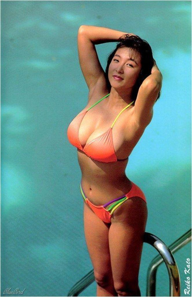 【かとうれいこお宝画像】レジェンドグラドルの昔懐かしい水着画像を集めてみたw 25