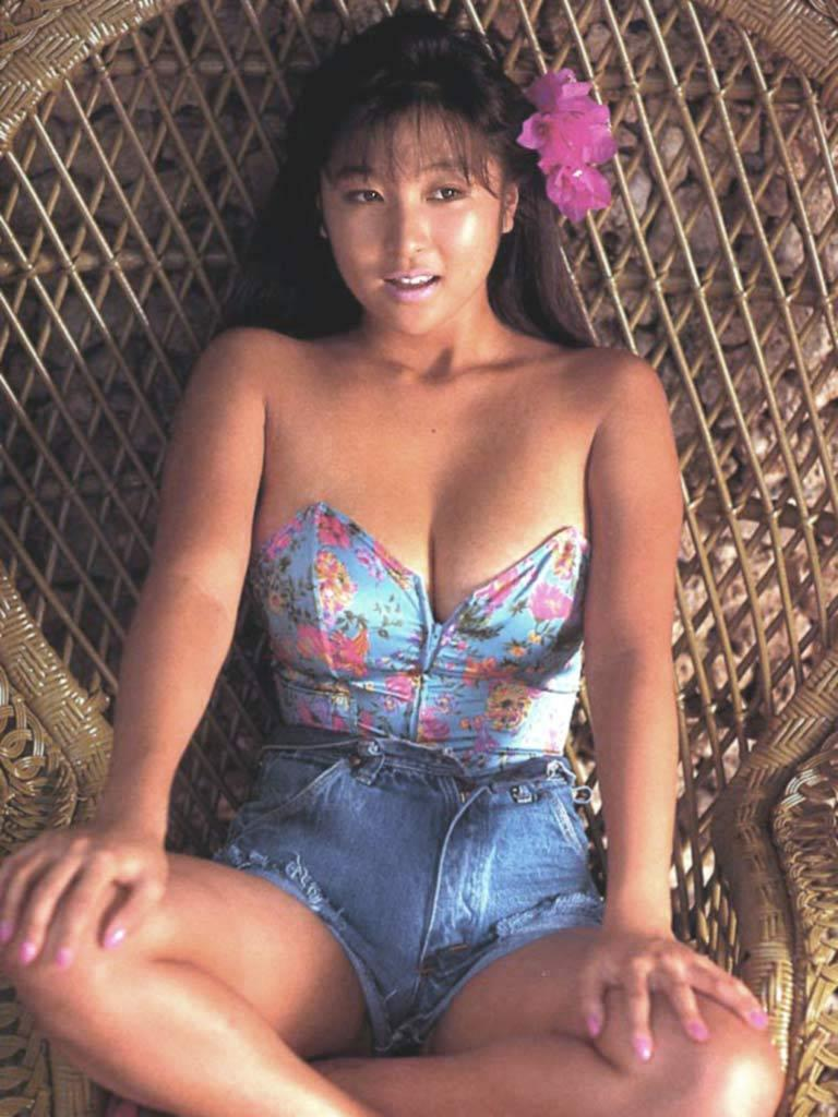 【かとうれいこお宝画像】レジェンドグラドルの昔懐かしい水着画像を集めてみたw 73