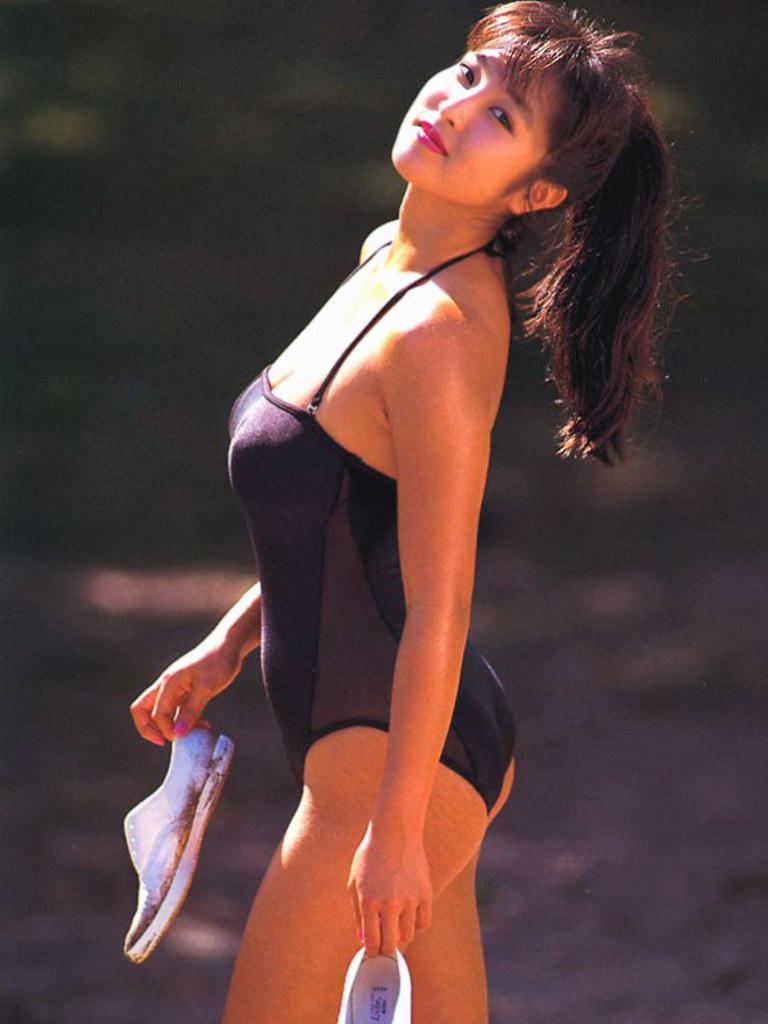 【かとうれいこお宝画像】レジェンドグラドルの昔懐かしい水着画像を集めてみたw 74