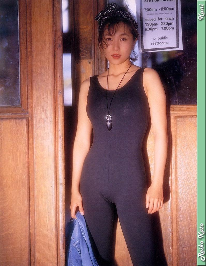 【かとうれいこお宝画像】レジェンドグラドルの昔懐かしい水着画像を集めてみたw 75