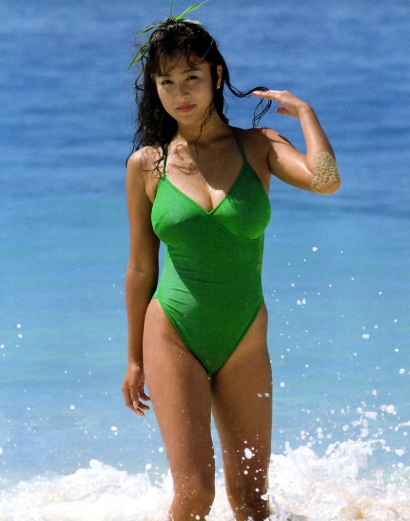 【かとうれいこお宝画像】レジェンドグラドルの昔懐かしい水着画像を集めてみたw 76