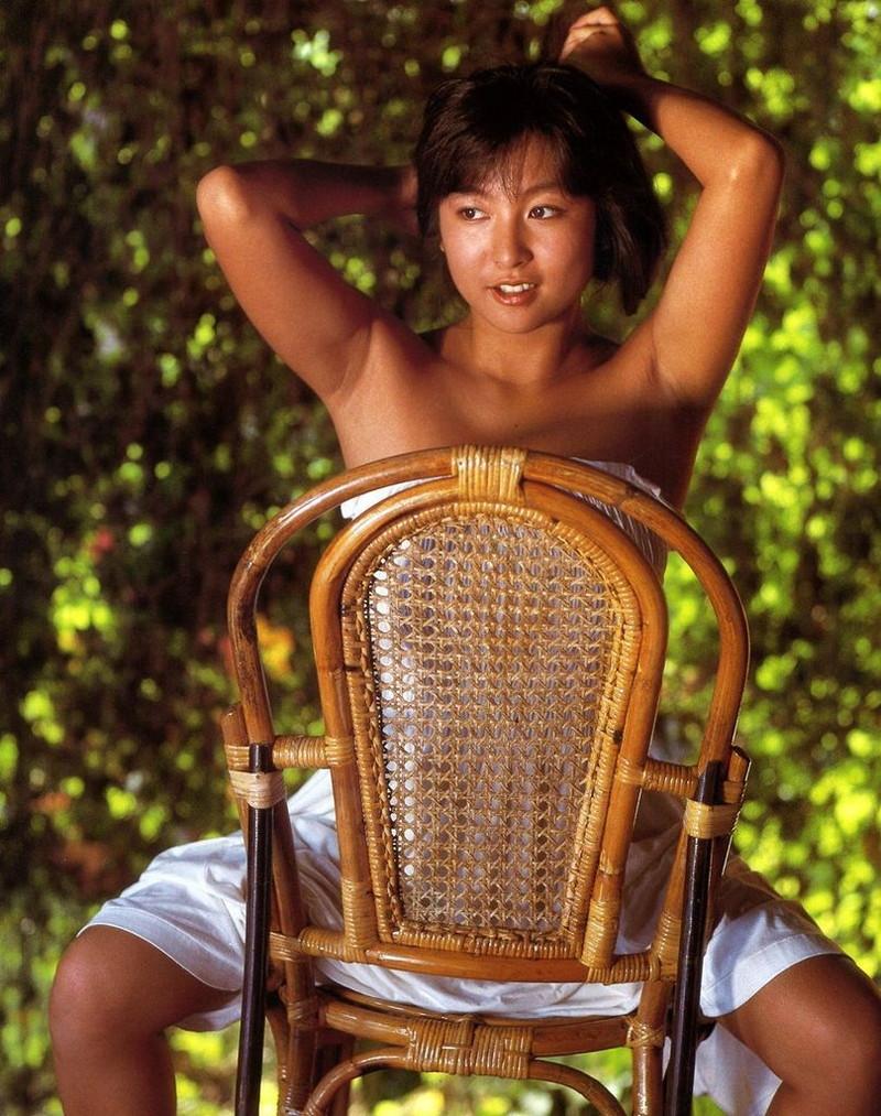 【かとうれいこお宝画像】レジェンドグラドルの昔懐かしい水着画像を集めてみたw 77