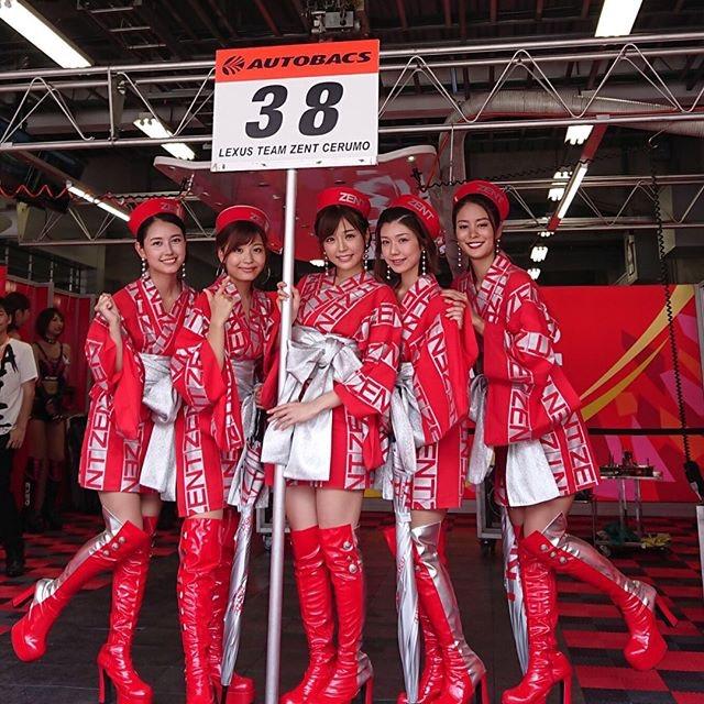 【川村那月グラビア画像】Fカップボディで初水着姿を披露したレースクイーン美女 68