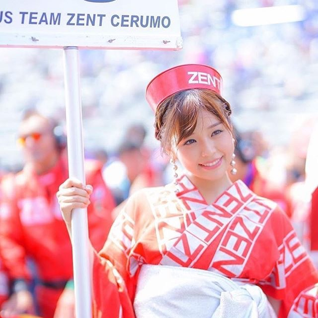 【川村那月グラビア画像】Fカップボディで初水着姿を披露したレースクイーン美女 71
