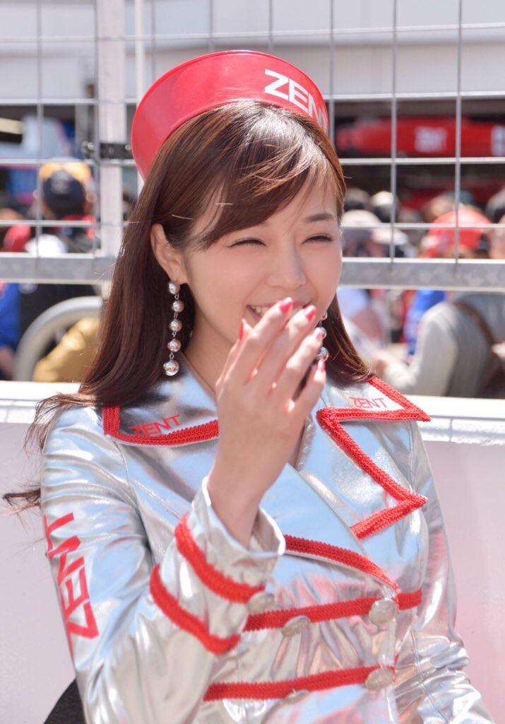 【川村那月グラビア画像】Fカップボディで初水着姿を披露したレースクイーン美女 72