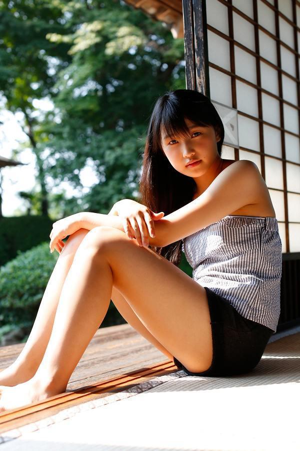 【鞘師里保グラビア画像】元モー娘。の童顔アイドルが現役時代に撮った水着姿がこちら 72