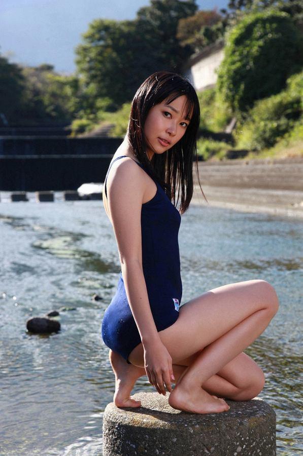 【指原莉乃グラビア画像】プロデューサーが現役アイドルだった頃の水着姿がこちら 23