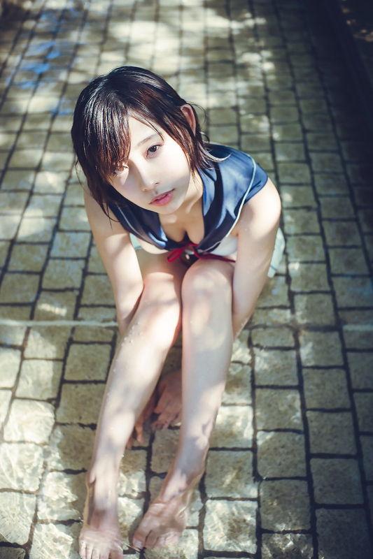 【水湊みおエロ画像】スレンダーでくびれたボディラインがめちゃシコい新人アイドル 07
