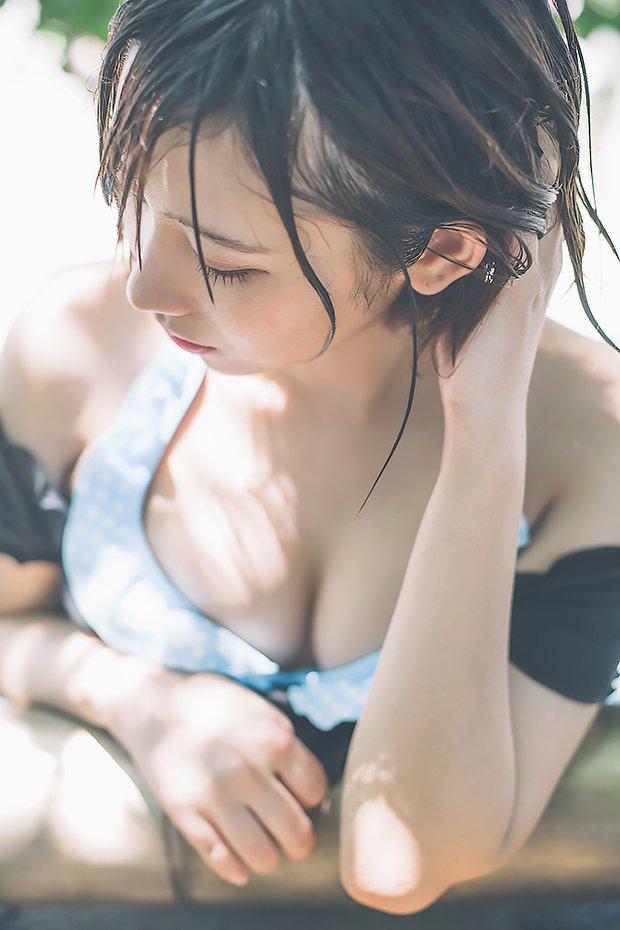 【水湊みおエロ画像】スレンダーでくびれたボディラインがめちゃシコい新人アイドル 16