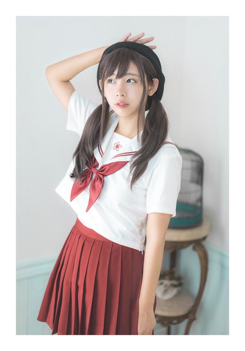 【水湊みおエロ画像】スレンダーでくびれたボディラインがめちゃシコい新人アイドル 26