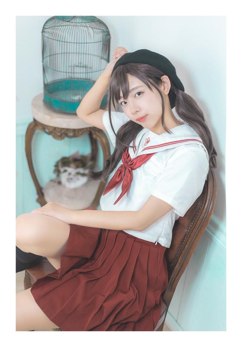 【水湊みおエロ画像】スレンダーでくびれたボディラインがめちゃシコい新人アイドル 27