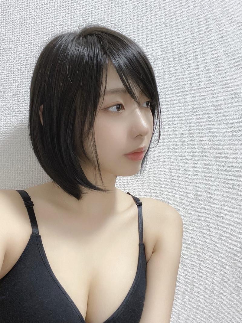 【水湊みおエロ画像】スレンダーでくびれたボディラインがめちゃシコい新人アイドル 36