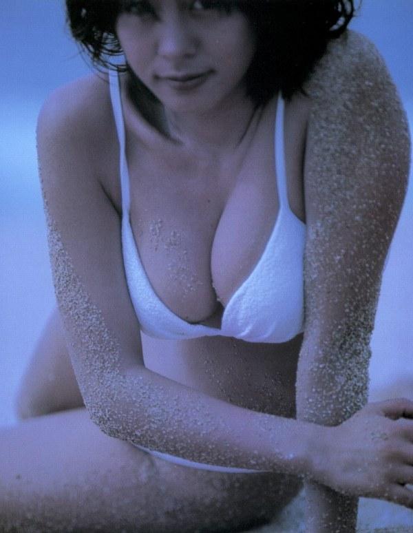 【さとう珠緒お宝画像】戦隊ヒロインやミニスカポリスだった熟女の懐かしい水着姿 28