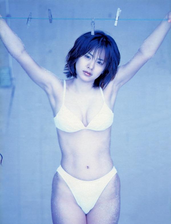 【さとう珠緒お宝画像】戦隊ヒロインやミニスカポリスだった熟女の懐かしい水着姿 46