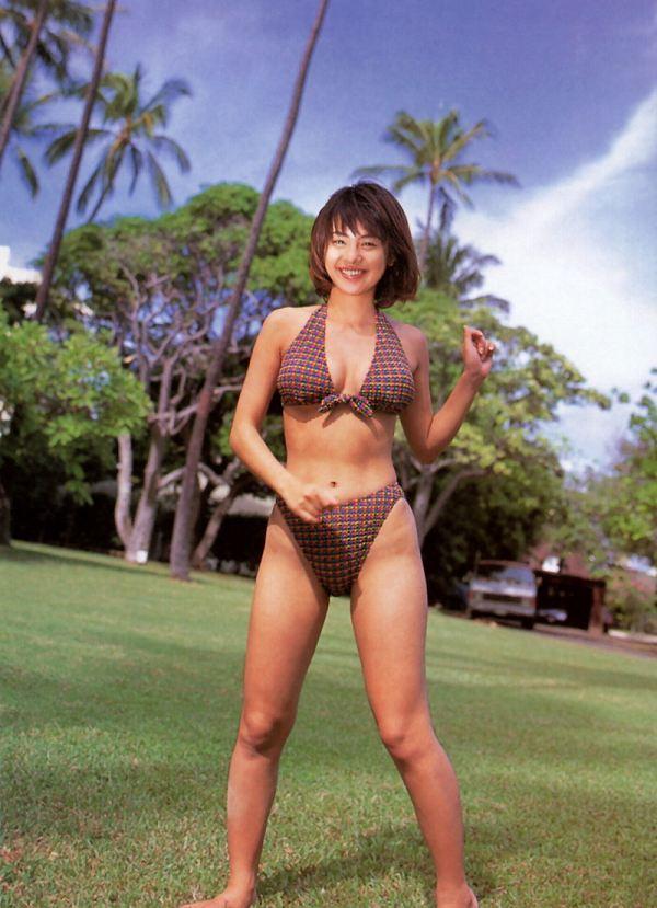 【さとう珠緒お宝画像】戦隊ヒロインやミニスカポリスだった熟女の懐かしい水着姿 55